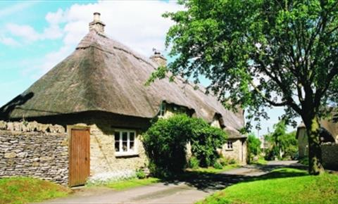 Thatched cottage in Great Rollright