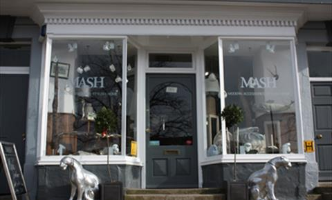 MASH lifestyle in Chipping Norton