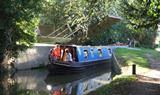 Oxfordshire Narrowboats offer day cruising from Lower Heyford