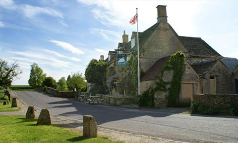 The Swan Inn at Swinbrook near Burford