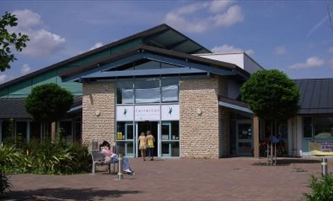 Carterton Leisure Centre